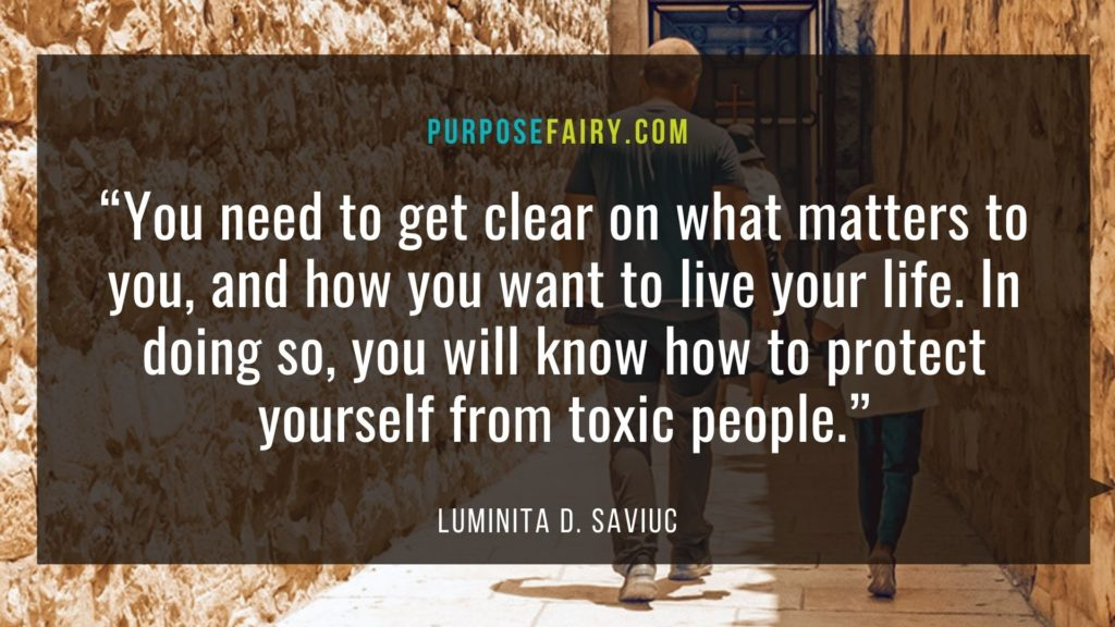 8 Ways to Protect Yourself from Toxic People